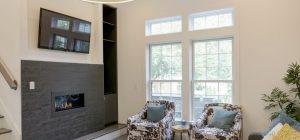 a09livingroom-fireplace